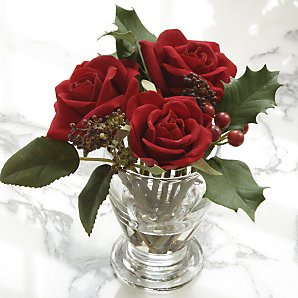 Three red roses in vase